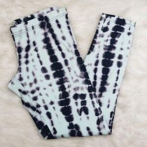 Xhilaration tie dye crop legging